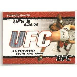 Rashad Evans 2010 Topps UFC Round 2 Fight Mat Relic Card