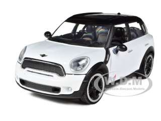 MINI COOPER S COUNTRYMAN WHITE 1/24 DIECAST MODEL CAR BY MOTORMAX