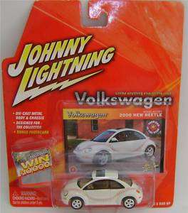 2000 VOLKSWAGEN BEETLE JOHNNY LIGHTNING DIECAST 164