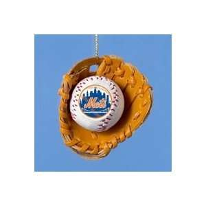 2.5NEW YORK METS BASEBALL IN GLOVE ORNAMENT