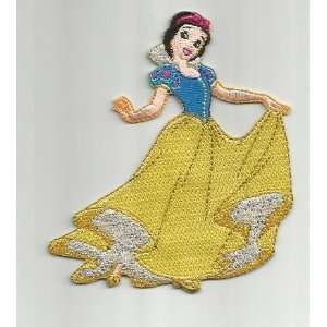 Disney Snow White Holding Dress Smile 3.5 x 4 Patch DisneyPatch1018