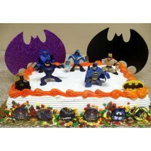 DC Marvel Comic Super Hero Batman 21 Piece Birthday Cake
